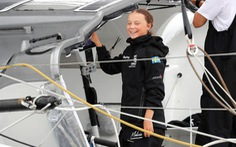 Nữ sinh 16 tuổi vượt Đại Tây Dương bằng thuyền để đi họp môi trường