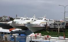 Du lịch Phú Quốc đang lo vì tàu bè ra đảo vẫn còn dừng hoạt động