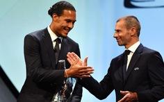 Vượt mặt Messi và Ronaldo, Van Dijk đoạt danh hiệu 'cầu thủ hay nhất mùa của UEFA'