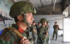 Đội 'anh nuôi' của Việt Nam thi bắn súng cũng bá phát