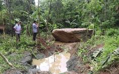Sạt lở đất đá đe dọa 8 hộ dân ở vùng cao Thanh Hóa