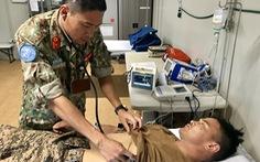Bác sĩ 'mũ nồi xanh' cấp cứu quân nhân Mông Cổ viêm túi mật cấp hoại tử