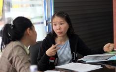 Cô giáo quỳ ở UBND tỉnh: 'Tôi bị xúc phạm và oan ức'
