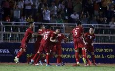 U18 Việt Nam may mắn thắng Malaysia trận ra quân