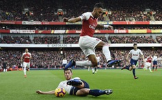 Vòng 4 Giải ngoại hạng Anh: Trận derby khốn khó