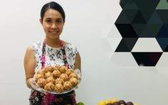 Người trẻ đam mê làm bánh trung thu handmade