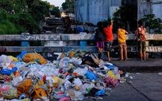 Dân làng Philippines đổi 2kg rác nhựa lấy 1kg gạo
