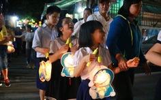 Các em nhỏ khiếm thị và đêm Trung thu đáng nhớ
