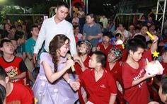 Niềm vui trung thu của trẻ em khuyết tật, mồ côi