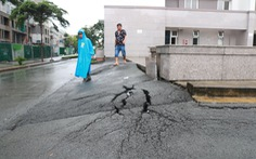 Bơm thêm gần 500 tỉ đồng sửa chữa đường Nguyễn Hữu Cảnh, liệu có hết ngập?