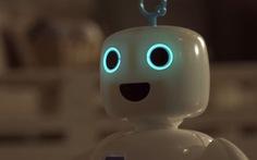 Video: Robot trò chuyện, làm bạn với con người trong những lúc cô đơn