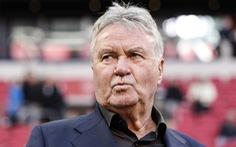 CĐV Trung Quốc 'phũ phàng' với Hiddink: 'Thua đội hình B của VN, sa thải là đúng'