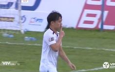 Xem cú hat-trick đẳng cấp của Minh Vương