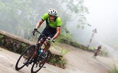 Gần 200 tay đua tham gia thử thách đạp xe leo núi Bạch Mã