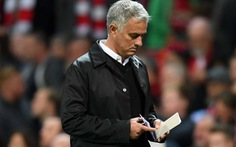 HLV Mourinho: 'Người ta ghi tên tôi vào những tin đồn'