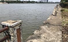 Kè sông xuống cấp, không ai sửa chữa