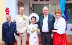 Không phải mâm cao cỗ đầy, quan trọng nhất là ý nghĩa của lễ cưới