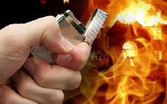 Giữ 4 người thân trong nhà, giăng lưới điện, đổ dầu dọa đốt
