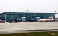 Khách Trung Quốc trộm ví, tiền ở sân bay
