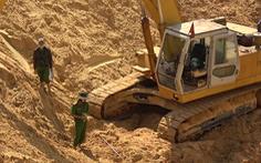 Video: Chui xuống mỏ quặng sâu 30m phun nước, một công nhân tử vong