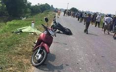 Xe chở cơm tông hàng loạt người đi đường, 2 học sinh thiệt mạng