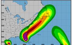 Siêu bão Dorian 'liếm' dọc bờ đông, ông Trump nói nước Mỹ may