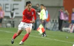 Sao Hàn Quốc ở World Cup 2002 không biết nên chọn 'phe' ông Park hay Hiddink