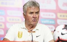 HLV Guus Hiddink thừa nhận U22 Việt Nam quá mạnh