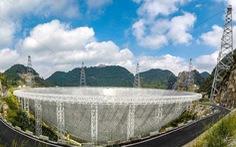 Kính viễn vọng lớn bằng 30 sân bóng đá bắt đầu soi tìm sự sống trong vũ trụ