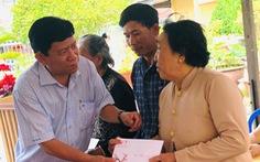 Báo Tuổi Trẻ tặng 500 phần quà cho người nghèo tại Cà Mau