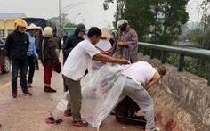 Bắt nghi phạm chém dã man người phụ nữ chở con nhỏ trên đường