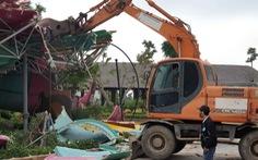 Công viên nước 200 tỉ xây không phép rồi đập bỏ: Trách nhiệm thuộc về ai?