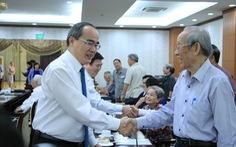 TP.HCM họp mặt cán bộ cao cấp nghỉ hưu