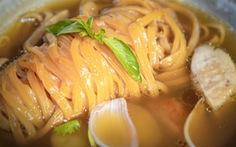Trải nghiệm ẩm thực đẳng cấp 5 sao của quán quân chinh phục đầu bếp Michelin
