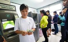 Vietcombank khoá thẻ phát sinh giao dịch nghi ngờ giả mạo