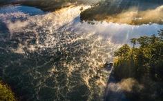 Sương mai bảng lãng trên mặt hồ Tuyền Lâm, đẹp tựa trời Âu