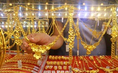 Giáp tết, giá vàng lại tiến sát mốc 44 triệu đồng