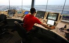Hàng không quốc tế 'nín thở' theo dõi Trung Đông sau khi Iran bắn tên lửa