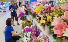 Đi siêu thị  'rinh' Tết về nhà