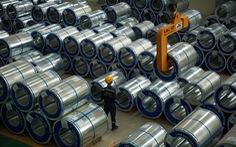 Tiêu thụ thép giảm 40%, lo thép Trung Quốc tràn sang hậu COVID-19