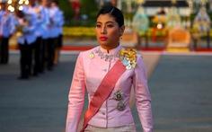 Người Thái bất ngờ dùng Twitter chỉ trích hoàng gia nhiều hơn
