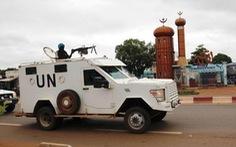Căn cứ Liên Hiệp Quốc tại Mali bị bắn rocket, 20 người bị thương