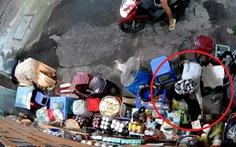 Bé trai lấy tiền bà bán nước đường Lê Văn Sỹ bị mẹ ruột bỏ rơi lúc 5 tháng tuổi
