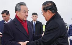 Phản công Mỹ, ngoại trưởng Trung Quốc thăm một loạt nước Đông Nam Á