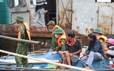 Tìm thấy thi thể người cha trong vụ chìm tàu ở Quảng Nam