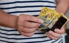 Australia: Virus SARS-CoV-2 có thể sống sót sau 28 ngày trên kính, tiền mặt