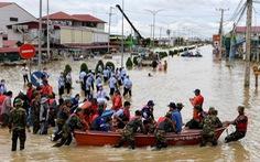 Thủ tướng Nguyễn Xuân Phúc gửi điện thăm hỏi, chia sẻ tình hình lũ tàn phá tại Campuchia