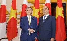 Thủ tướng Nguyễn Xuân Phúc tiếp đón Thủ tướng Suga Yoshihide