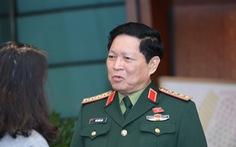 Bộ trưởng Bộ Quốc phòng: Sẵn sàng trực thăng chở lương thực cho dân