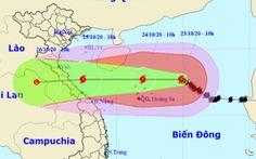 Bão số 8 còn cách Hoàng Sa 300km, sẽ giảm cấp khi vào biển Hà Tĩnh - Quảng Trị